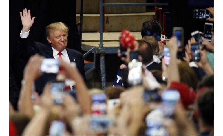 Asesor de Trump promete una actitud diferente tras primarias