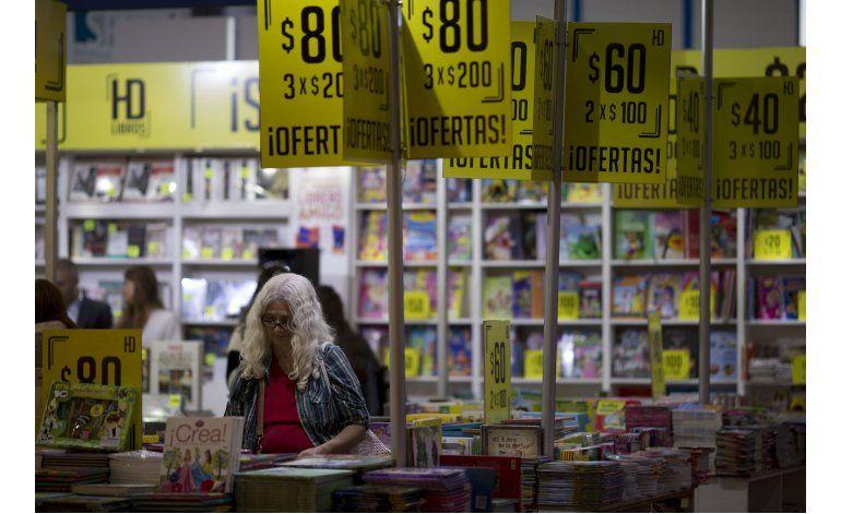 Inaugura Feria del Libro Buenos Aires