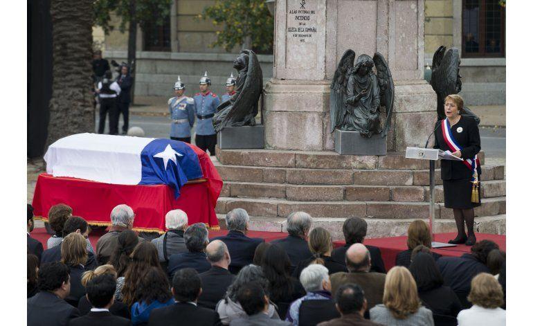 Sepultan en Chile a ex presidente Patricio Aylwin