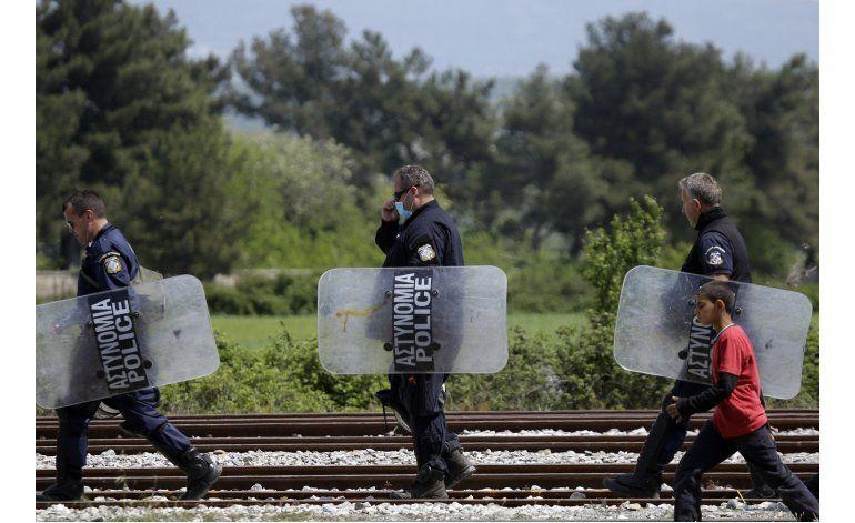 Estados de los Balcanes acuerdan coordinarse sobre migración