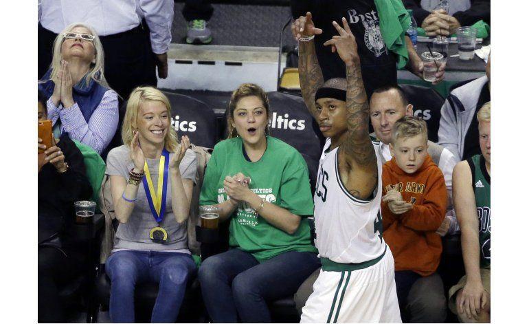 Un gran Thomas comanda victoria de Celtics ante Hawks
