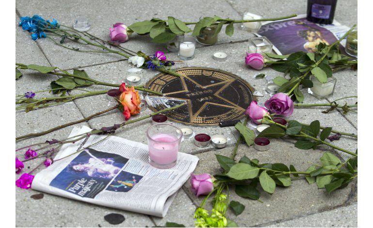 Más interrogantes de si Prince ocultaba problemas de salud