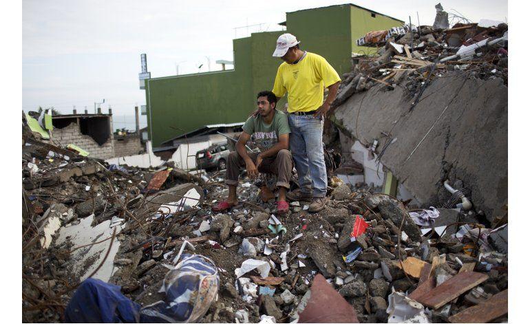 Cifra de muertos por sismo en Ecuador llega a 654