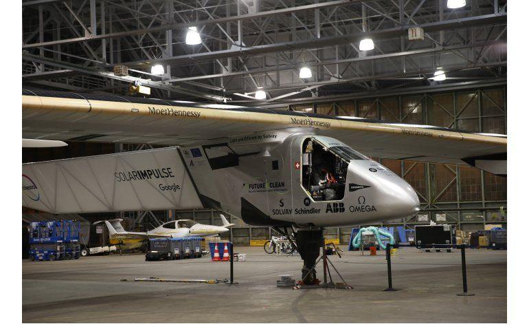 Avión solar aterriza en California luego de cruzar Pacífico