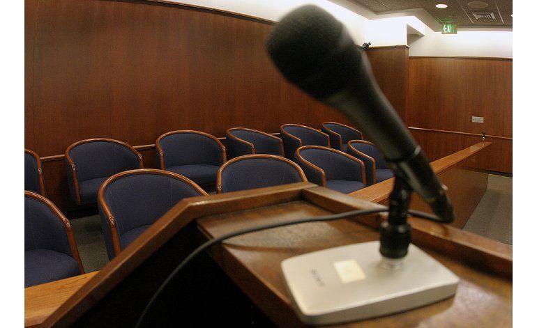 California: Buscan multar a jurados que usen internet
