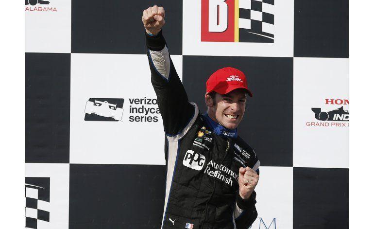 IndyCar: Pagenaud se sobrepone a colisión y triunfa