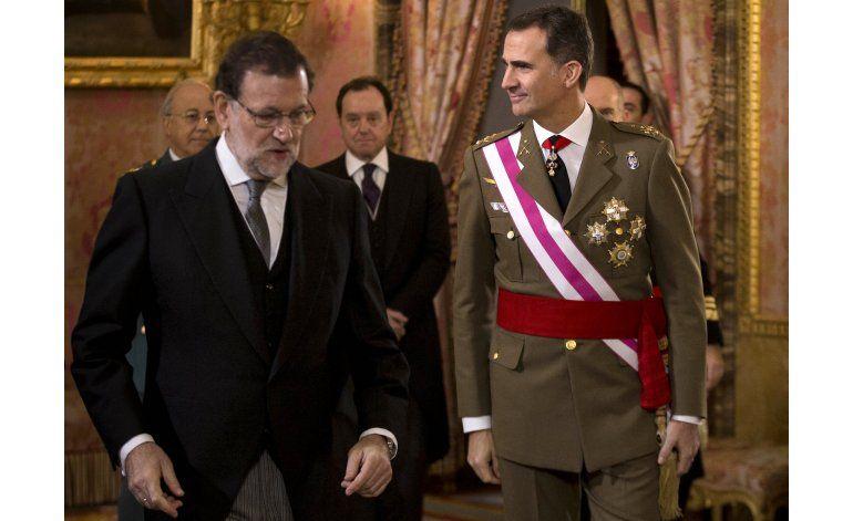 El rey de España se reúne con partidos ante estancamiento