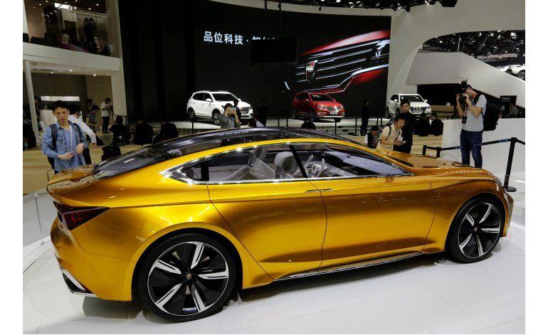 Feria del auto en China: énfasis en camionetas de lujo
