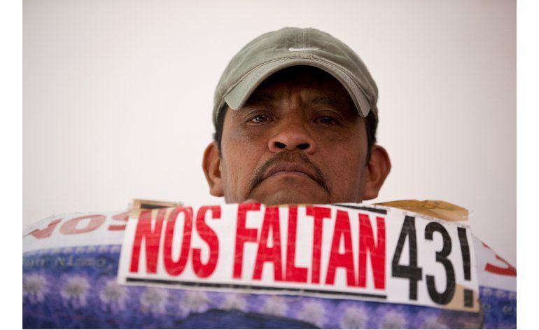 México: Padres reclaman mentiras de gobierno sobre alumnos