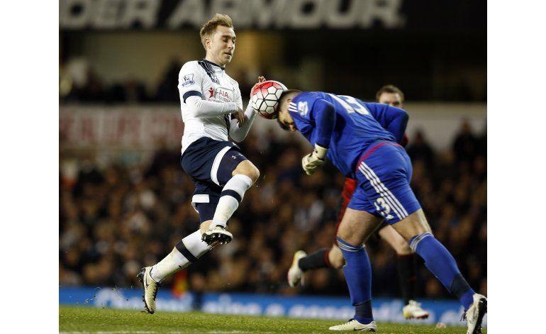 Tottenham empata; Leicester podría ser campeón el domingo