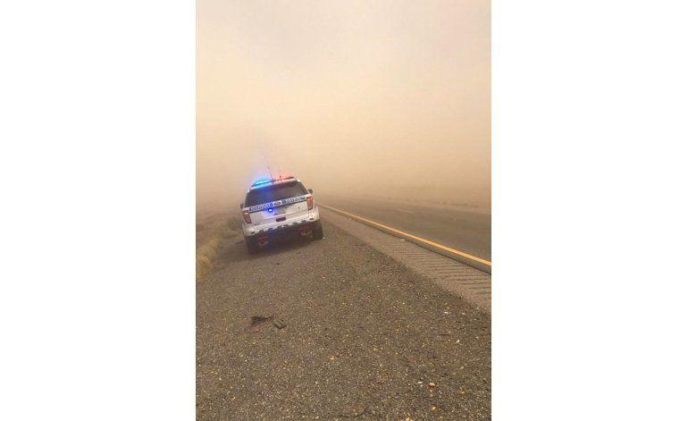 Cierran carretera en Arizona y New Mexico por viento y polvo