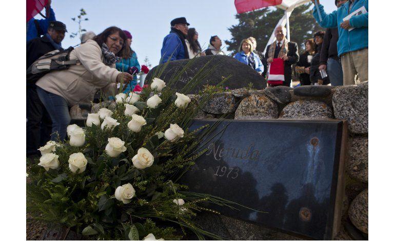 Los restos de Neruda regresan a Isla Negra