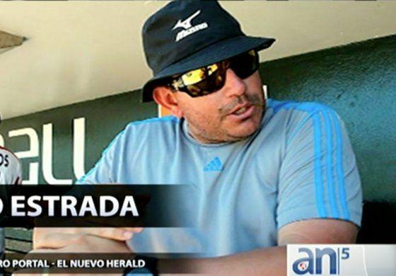 Detienen hombre acusado de traficar con peloteros cubanos