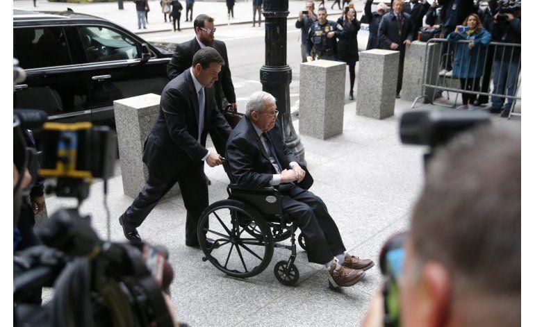 Sentenciado a prisión expresidente de Cámara Dennis Hastert