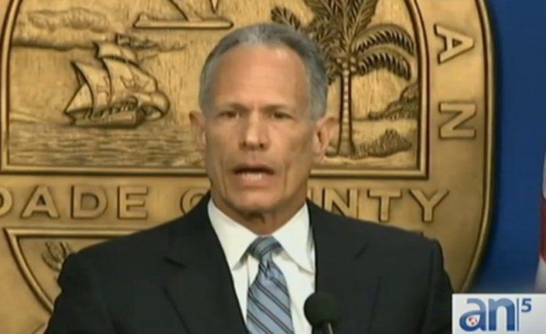 Carlos Álvarez, ex alcalde de Miami Dade, acusado de violencia doméstica