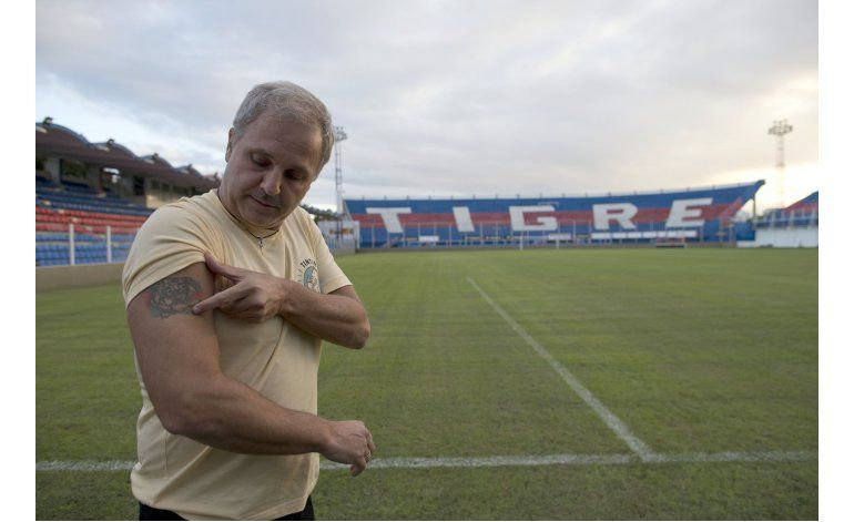 Club argentino propone implantar chip a socios