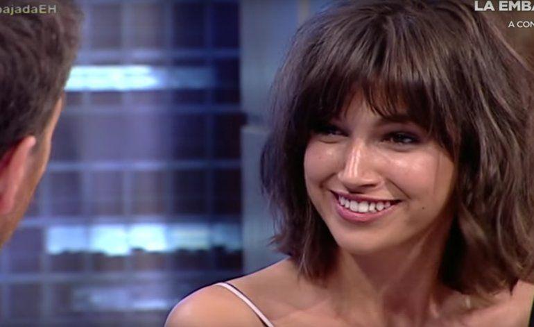 La actriz española Úrsula Corberó afirma en televisión que los cubanos son un poco pesados