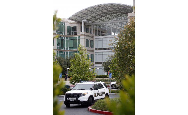 Hallan cadáver de empleado en oficinas de Apple