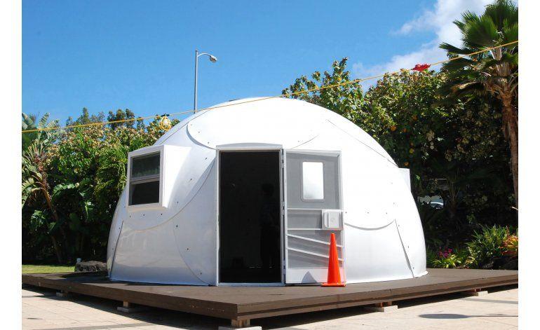 Iglesia de Hawaii instala iglús para alojar a sin techo