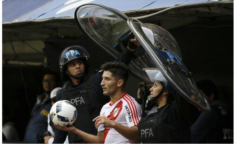 Argentina: Lanús casi  finalista y  dura puja en otra zona