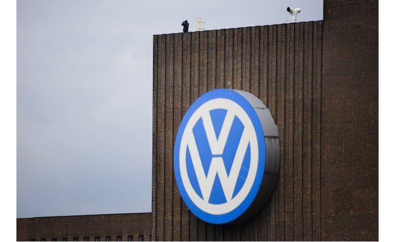 Director de Volkswagen se disculpa ante Obama por escándalo