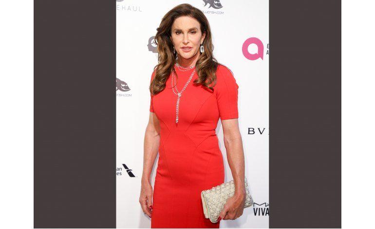 Caitlyn Jenner usa sanitario para mujeres en hotel de Trump