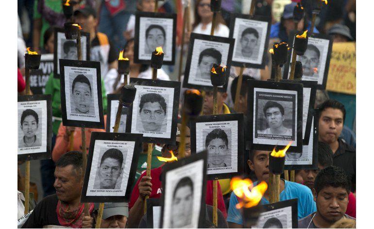 Expertos critican a jefe investigador de  caso Ayotzinapa