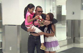 Ex preso político cubano se reencuentra con su familia en Miami
