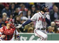 bravos cortan racha de 8 derrotas, ante boston