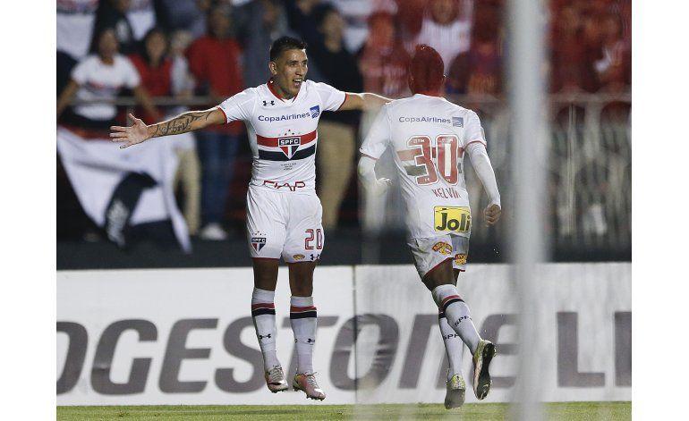 Sao Paulo aplasta 4-0 a Toluca y queda cerca de cuartos
