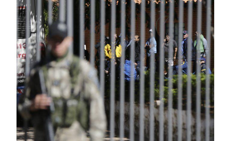 Detenidos más de 200 hinchas de Boca por vandalismo