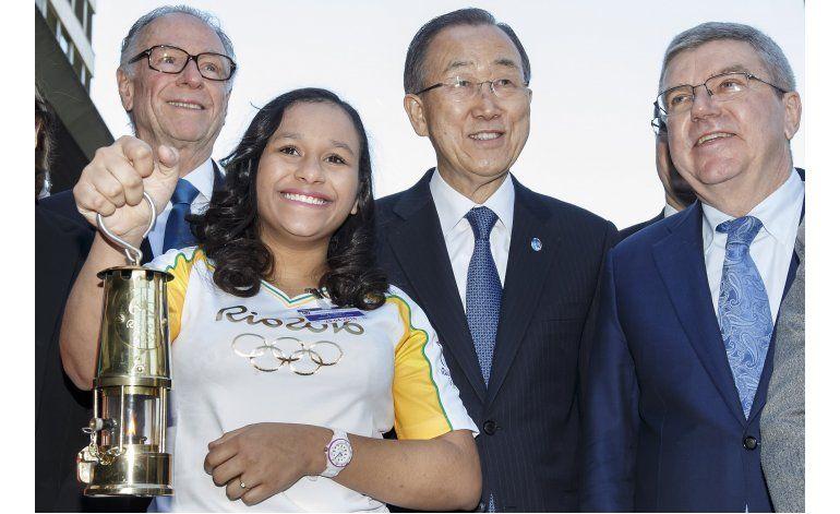 Antorcha olímpica de Río visita sede de la ONU en Ginebra