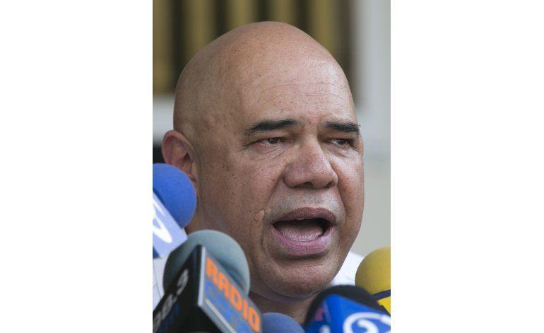 Venezuela: Agreden a opositor en acto contra racionamiento