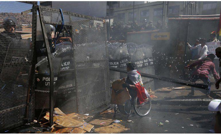 Discapacitados mantienen protesta contra gobierno de Morales