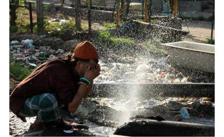 India: Ola de calor hace que gobierno prohíba cocinar de día
