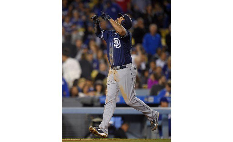 Padres ganan a Dodgers con jonrón de 3 carreras de Kemp