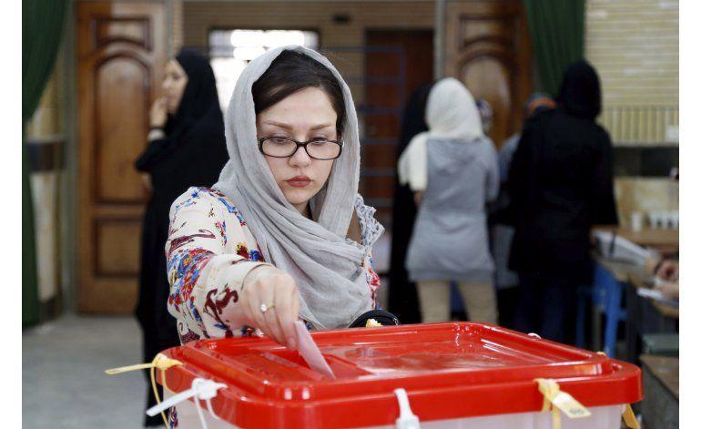 El parlamento iraní tendrá más moderados, dice medio estatal