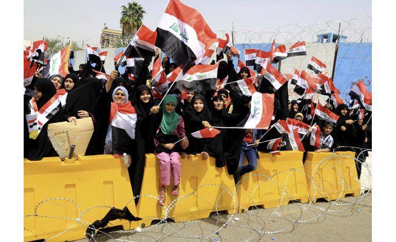Manifestantes anti gobierno traspasan Zona Verde de Bagdad