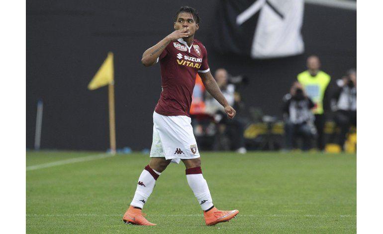 Doblete de venezolano Josef Martínez en triunfo de Torino