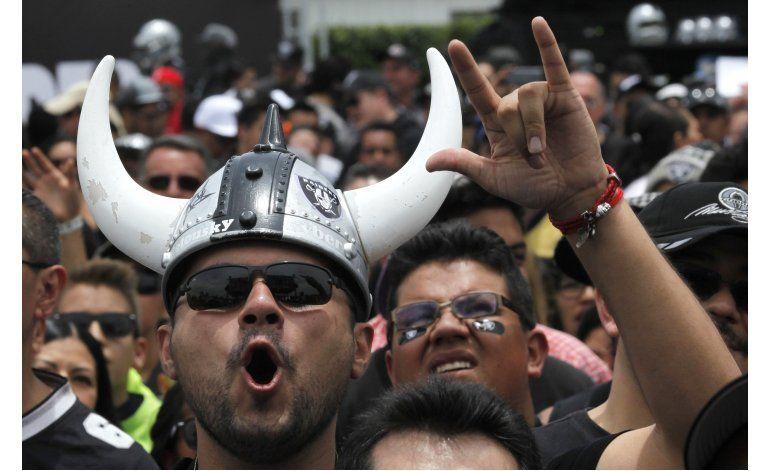 México da la bienvenida a los Raiders