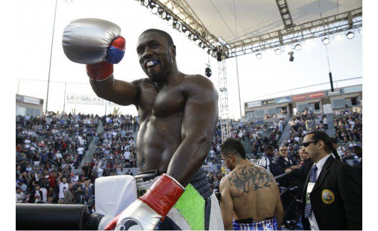 Andre Berto noquea a Víctor Ortiz en el 4to round
