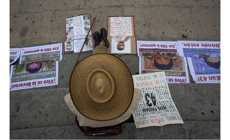Expertos piden a México cambiar versión sobre Ayotzinapa