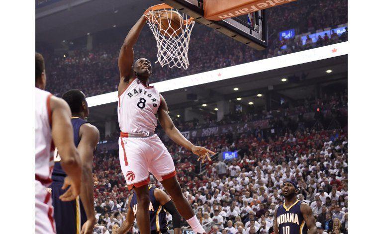 DeRozan anota 30 y Raptors eliminan a Pacers