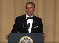 obama hace chistes en referencia a los candidatos presidenciales