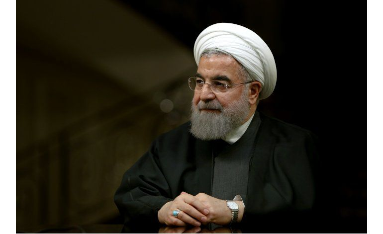 Irán libera a caricaturista crítica del gobierno