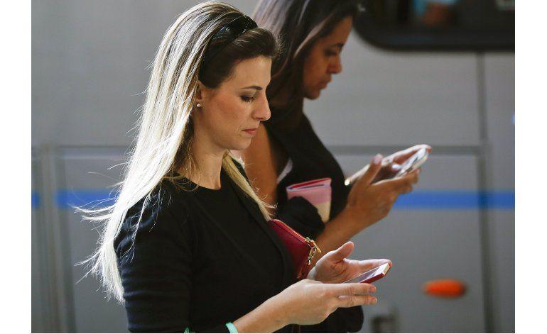 Juez revierte suspensión a servicio de WhatsApp en Brasil