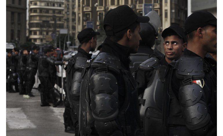 Policía egipcia bloquea sede de sindicato prensa en capital