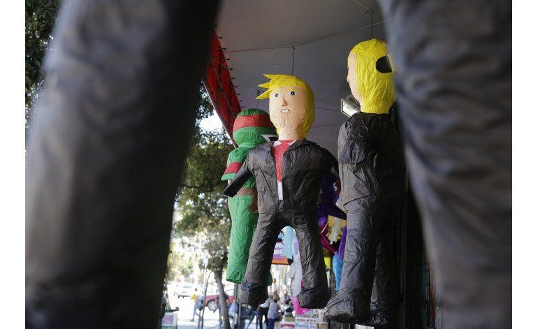 EEUU: Fiestas de 5 de mayo usan piñatas de Trump