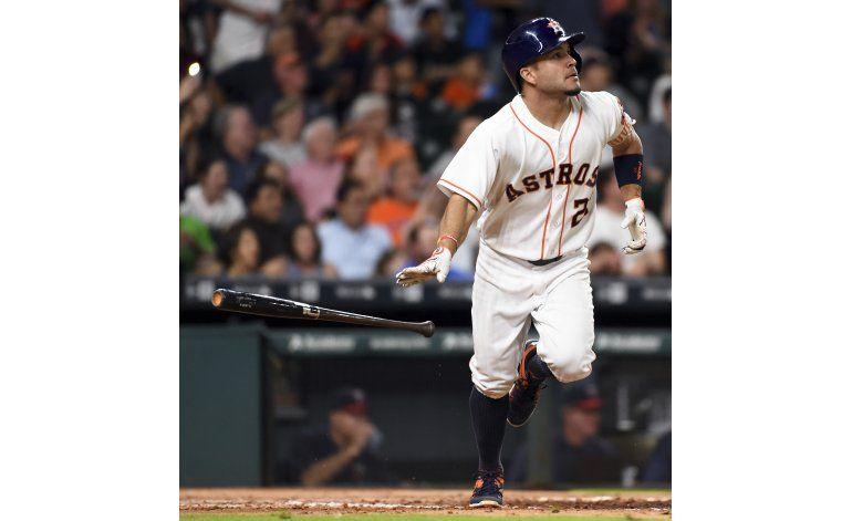 Astros ganan, con jonrones de Castro, Altuve y Correa