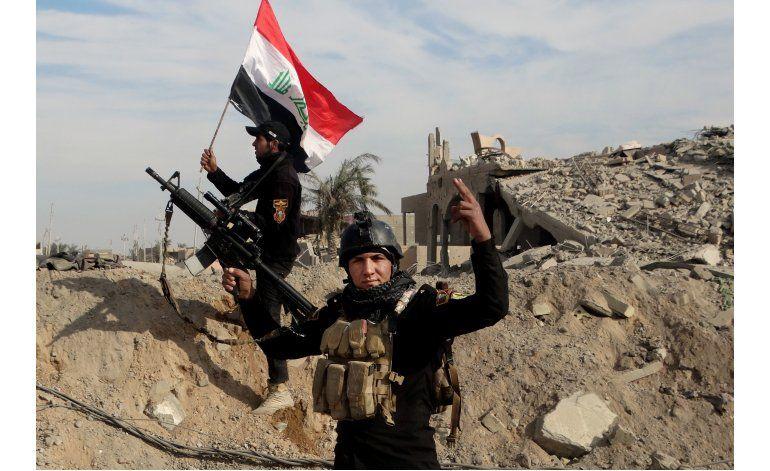 Iraquíes liberan Ramadi, encuentran ciudad devastada por EI